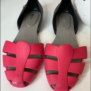 Melissa great pre loved condition, black and pink